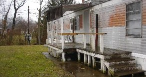 Lincoln Way Mobile Home Park; Lot 25