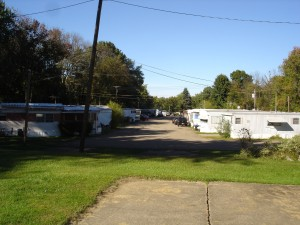Lincoln Way Mobile Home Park Lot 19
