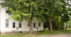 409-411 Hester Ave, Alliance, OH 44601