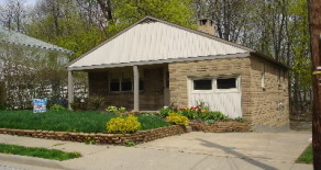 327 Fairview Ave SE, North Canton OH 44720