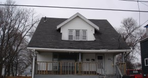 528 Inman St, Akron, OH 44306 (Apartment #1 Not Showing Yet)